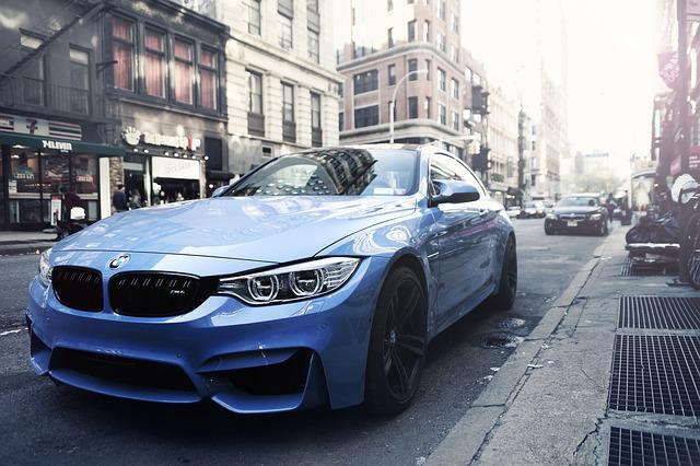 modré BMW